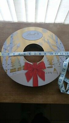 Empty Lindt Christmas Wreath Shaped Sweets Tin  • 8£