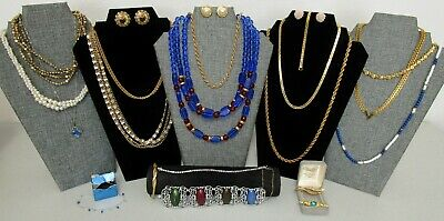 $ CDN82.05 • Buy Huge Vintage Signed Costume Jewelry Lot Monet Napier Trifari Sarah Cov Park Lane
