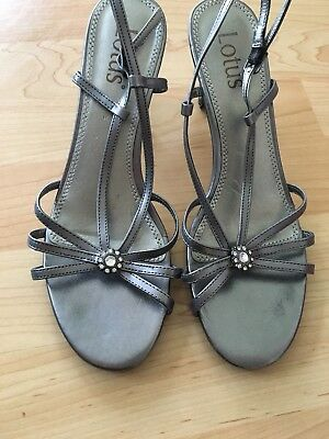 Ladies Strappy Shoes Sandals Size 4 Metallic Silver Grey Pewter  Flower Diamante • 4.95£