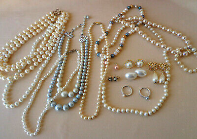 $ CDN31.08 • Buy Lot Vintage Faux Pearl Jewelry 8 Necklaces 1 Bracelet 2 Rings 4 PR Earrings