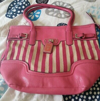 AU25 • Buy GUESS HANDBAG LIKE NEW. PINK UNWANTED GIFT. 36x30cm