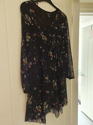 New Look Dress Size 16 • 1.60£