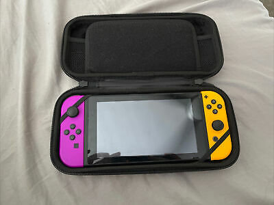 AU229 • Buy Nintendo Switch Console V1 With Case, Port And Cords.