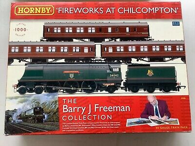 Hornby R2908 Fireworks At Chilcompton Pack With West Country 34042 Dorchester  • 199.99£