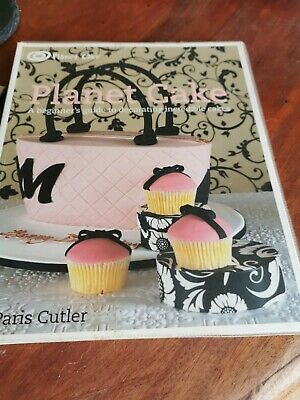 Cake Decorating Books • 3.50£