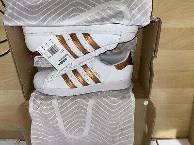 AU69.37 • Buy Adidas Superstar Trainers  Women's White /Gold Uk  Size 7 Brand New