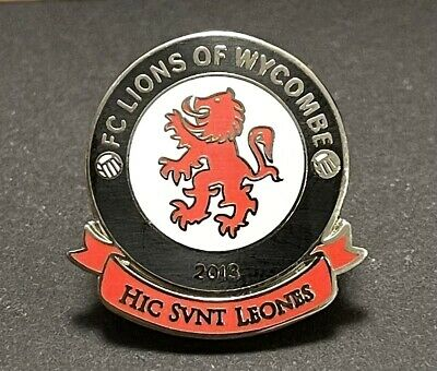 £2.50 • Buy FC Lions Of Wycombe Non-League Football Pin Badge