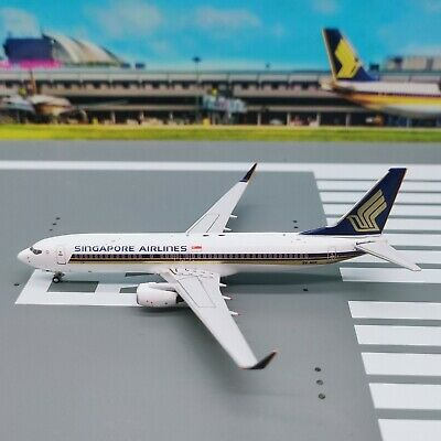 AU63.54 • Buy Panda Models 1:400 Singapore Airlines B737-800 (9V-MGK)