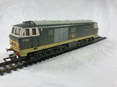 £154 • Buy 724 Hornby R2570 Class 35 Hymek D7092 (Weathered Edition). Boxed. Mint.