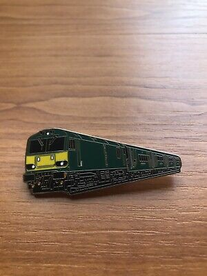 Class 92 Caledonian Sleeper Livery Plus Mk5 Coaches Hard Enamel Train Badge • 10£