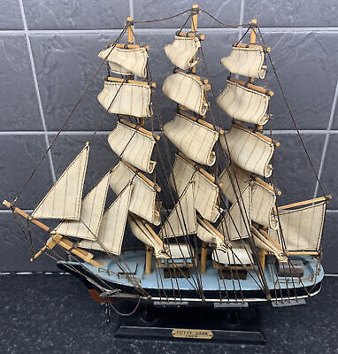 """£22.99 • Buy Vintage Cutty Sark Wooden Model Sailing Ship Linen Sails Height 12.5  Length 12"""""""