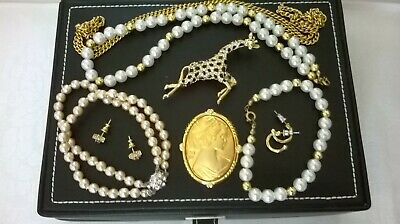 SMALL JOBLOT OF VINTAGE MODERN JEWELLERY NECKLACE  EARRINGS CAMEO BROOCHES Z • 10£