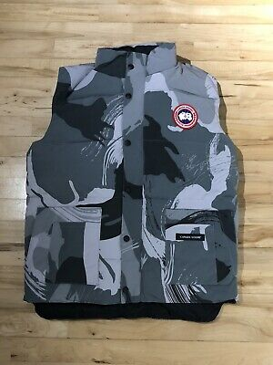 Genuine Canada Goose Gilet Snow Camo Small Brand New With Tags Never Worn • 250£