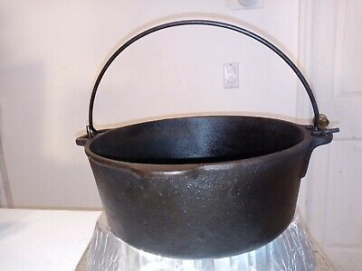 $ CDN109.31 • Buy Wagner Ware Griswald 5 Qt. Quart Cast Iron Dutch Oven Made In USA Pre-Owned