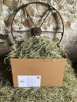 £6.99 • Buy Premium Meadow Hay With Timothy (1.7kg)