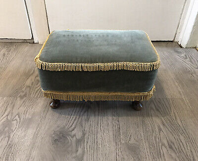 £30 • Buy Lovely Vintage Comfortable Foot Stool Foot Rest Seat With Queen Anne Style Legs