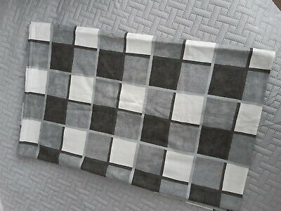 £4.50 • Buy Tablecloth Rectangle Grey White Check 66 In X 52 Ins