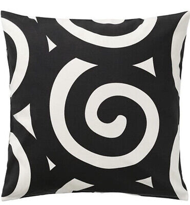 £5 • Buy 2 X Ikea Tradklover Cushion Covers Black And White