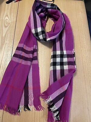 £69 • Buy Burberry Check Wool & Cashmere Long Scarf