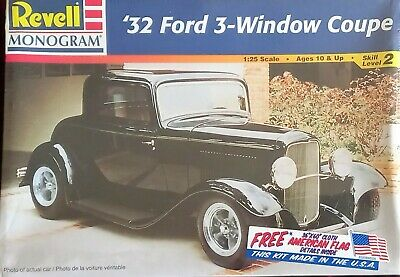 £18 • Buy Revell '32 Ford 3-Window Coupe 85-7605 1:25 Model Kit Incl Free American Flag