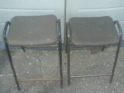 £19.99 • Buy VINTAGE RETRO 2 X 1980's HILLE ROBIN DAY FLAT TOP SCIENCE LAB / SCHOOL STOOLS