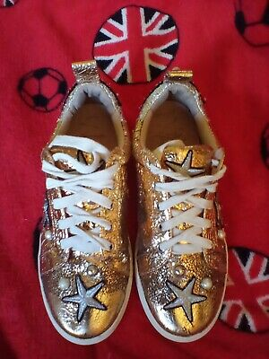 £10 • Buy Ladies Ash Trainers Size 4. First To Bid Wins