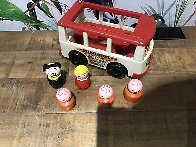£6 • Buy Fisher Price Vintage Little People Mini Bus School With  5 Figures 1969