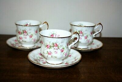 £9 • Buy Very Pretty Trio Of Paragon  Victoriana Rose  English Bone China Cups/Saucers