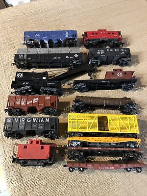 $ CDN3.96 • Buy Lot Of 14 Vintage Ho Scale Mixed Trains Rolling Stock Caboose Flat Hopper Log