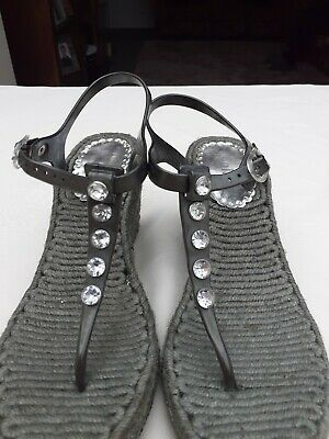 £2 • Buy Holster Sandals Size 5