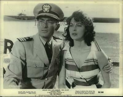 £7.26 • Buy 1960 Press Photo Gregory Peck And Ava Gardner In A Scene From  On The Beach