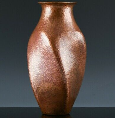 AU14.27 • Buy GREAT C1900 ANTIQUE ARTS & CRAFTS HAND MADE HAMMERED BEATEN COPPER TWISTED VASE