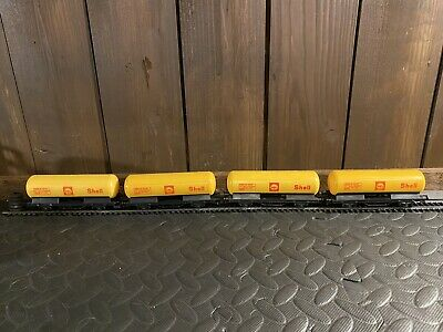 £24 • Buy Lima OO Gauge  Rake X 4 Tank Wagon SHELL Yellow Excellent Fine Condition.