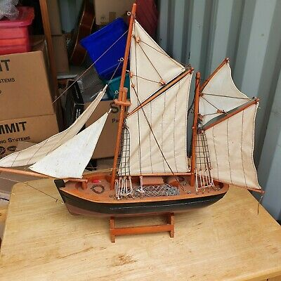£10 • Buy Wooden Sailing Ship Model Made With Real Wood And Canvas