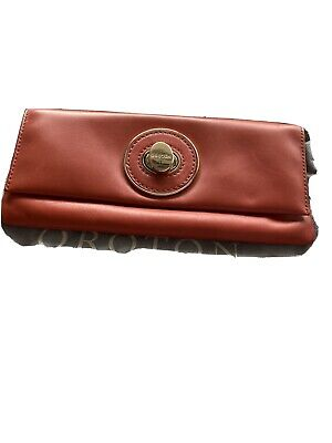 AU26 • Buy Oroton Small Clutch Bag Very Good Condition