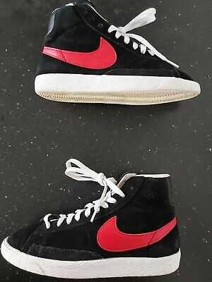 £14.99 • Buy Nike Blazers Womens Black/Red Suede Trainers Size 4 .  EXCELLENT CONDITION