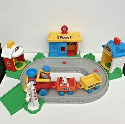 £24.99 • Buy Vintage Fisher Price Little People Train Set Figures Train Track Sounds Toy