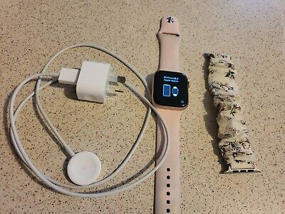 AU305 • Buy Apple Watch Series 5 (IOS) Rose Gold Used, Sports Band. GPS + Cellular