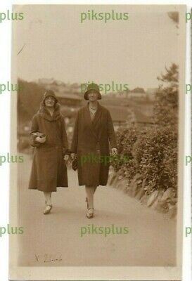 £6.51 • Buy Postcard Seaside Walking Picture North Bay Snaps Scarborough Real Photo 1920s