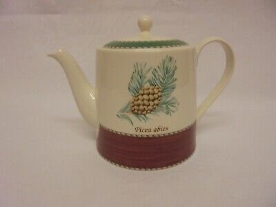 £44.99 • Buy Wedgwood Sarah's Garden Queens Ware Teapot Christmas Holly Spruce 1997