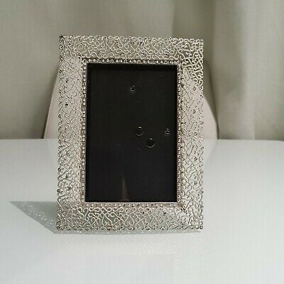 £0.01 • Buy Reticulated White Metal Photo Frame - 4  X 6