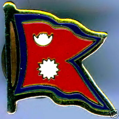 Nepal Flag Lapel / Hat Pin NEW • 2.69£
