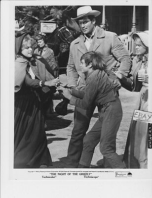 $39.99 • Buy Clint Walker Night Of The Grizzly VINTAGE Photo