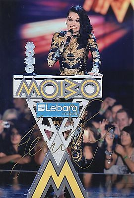 Jessie J Hand Signed Photo 12x8  Mobo Winner, The Voice Judge XMAS 1 • 59.99£