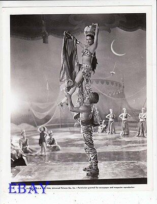 Yvonne De Carlo Sexy Leggy VINTAGE Photo Song Of The Sheherezade • 36.10£