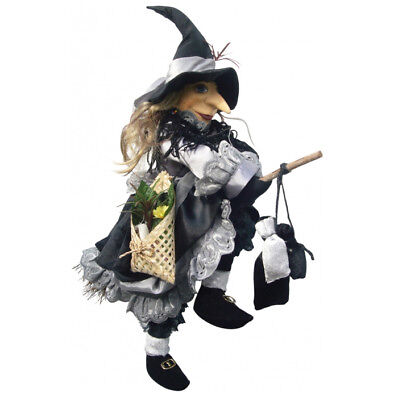 Witches Of Pendle - Lucinda Witch Flying (Grey) 45cm (WOPLUCI45GREY) • 29.95£