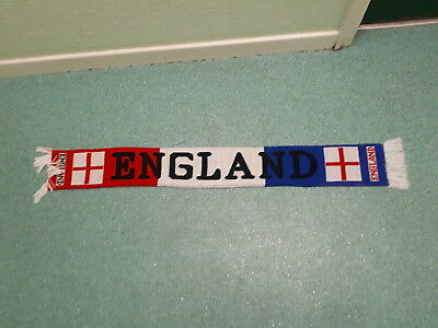 £8 • Buy England Football Supporters Scarf