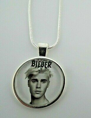 £6.99 • Buy Justin Bieber Music Singer Photo  Silver Plated 22 Inch  Necklace Gift Box Party