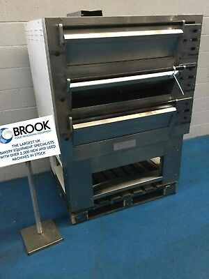 Tom Chandley 6 Tray 3 Deck Low Crown Oven -stock No P517106 - Bakery Equipment • 4,250£