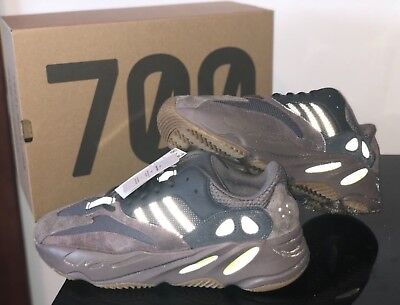 """$ CDN604.77 • Buy Adidas Yeezy Boost 700 In Mauve 